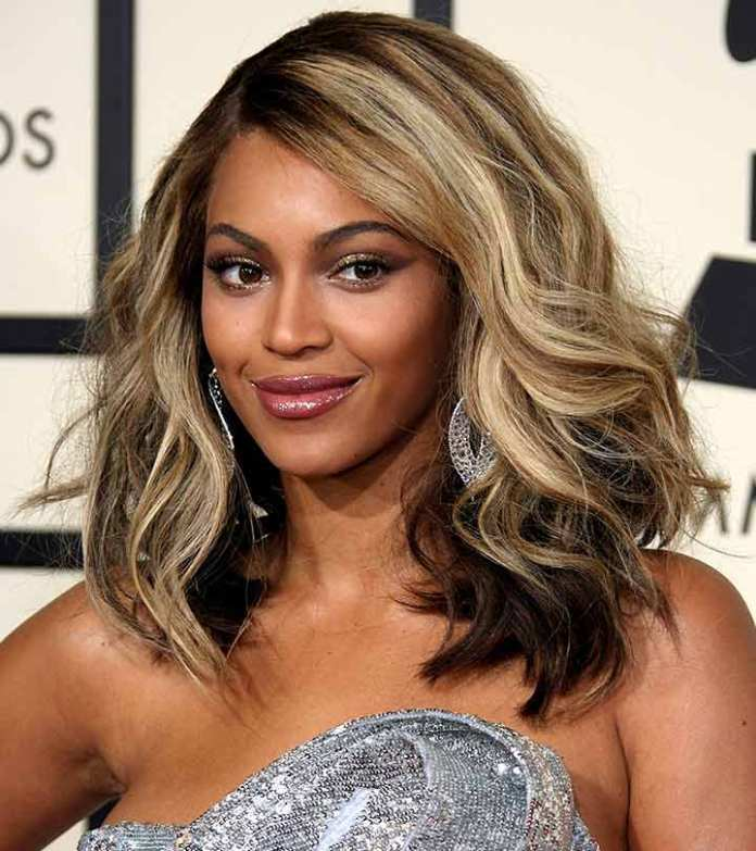 Bouncy-Ombre-Hair-with-Soft-Waves-at-the-End Modern Hairstyles for Women to Look Trendy