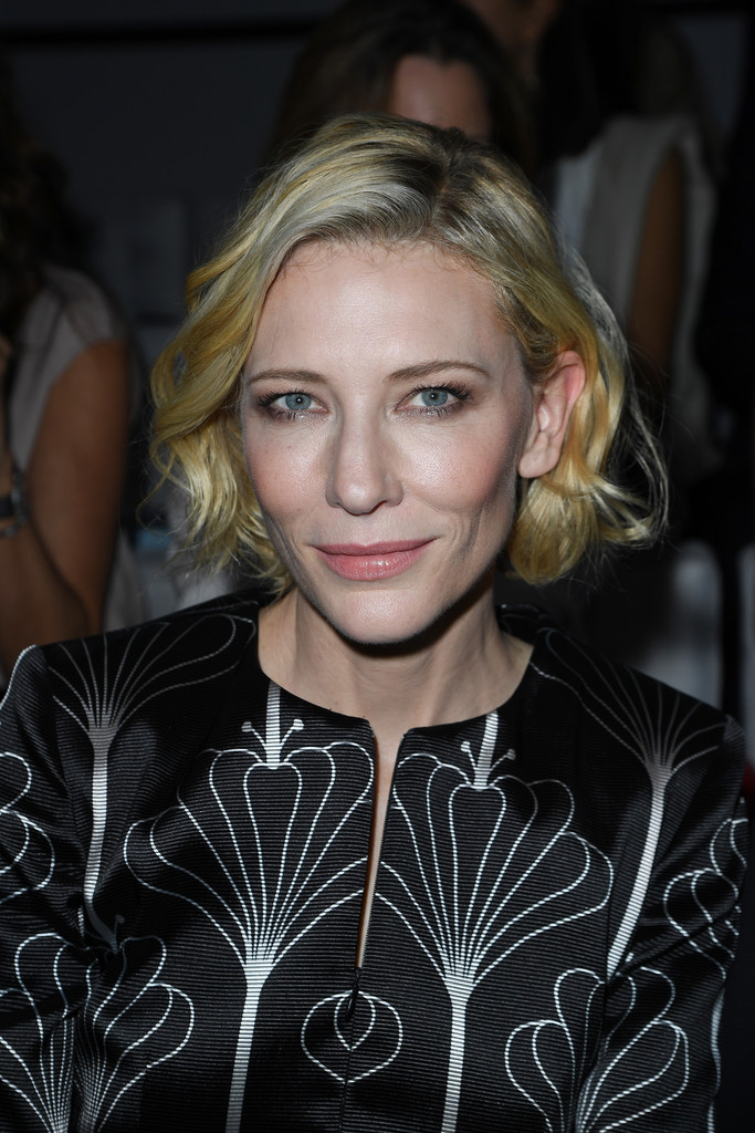Cate-Blanchett-Blonde-Bob Trendy Celebrity Short Hairstyles You'll Want to Copy