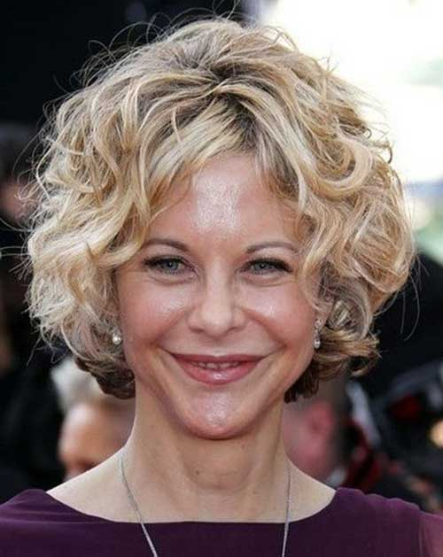 Meg-Ryan-Curly-Cute-Bob-Hair-for-Over-40 Short Hair For Over 40
