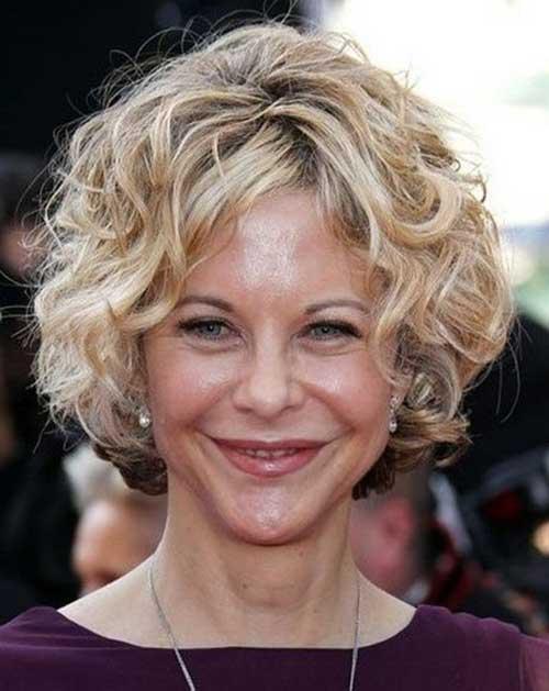 Meg-Ryan-Curly-Cute-Bob-Hair-for-Over-40 Short Hair For Over 40