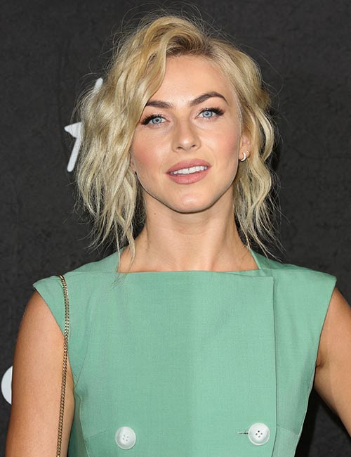 Messy-Lob Celebs With Stunning Short Hairstyles