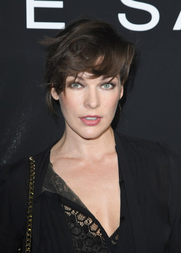 Milla-Jovovich-Messy-Short-Hair Trendy Celebrity Short Hairstyles You'll Want to Copy