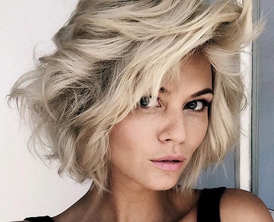 Platinum-Short-Shag-Layers Layered Hairstyles With Bangs