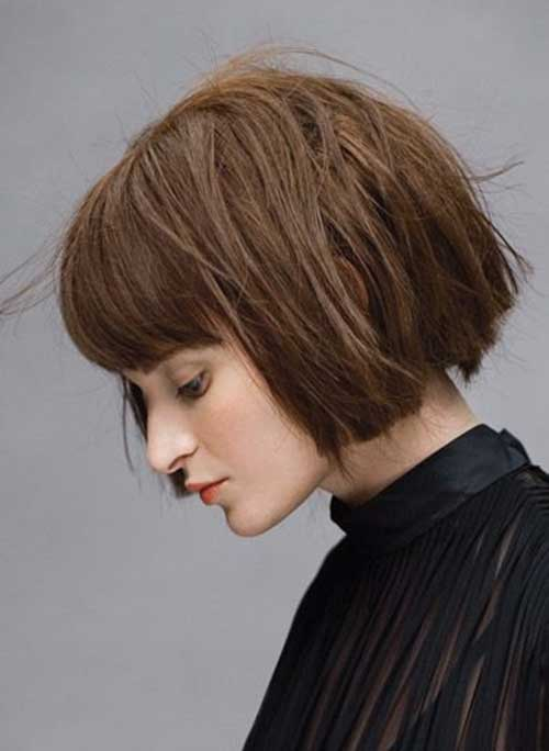 Short-Blunt-Bob-Hairstyle-for-Women-Over-40 Short Hair For Over 40