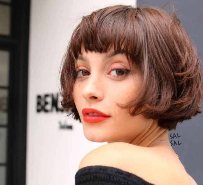 Short-Bob-with-a-Bangs Bob Haircuts 2019 for an Outstanding Appearance