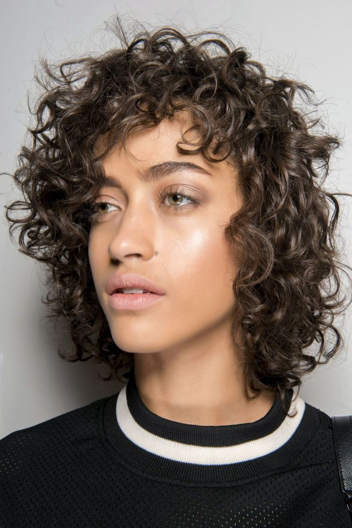 Short-Curls-in-Short-Boyish-Bob Modern Hairstyles for Women to Look Trendy