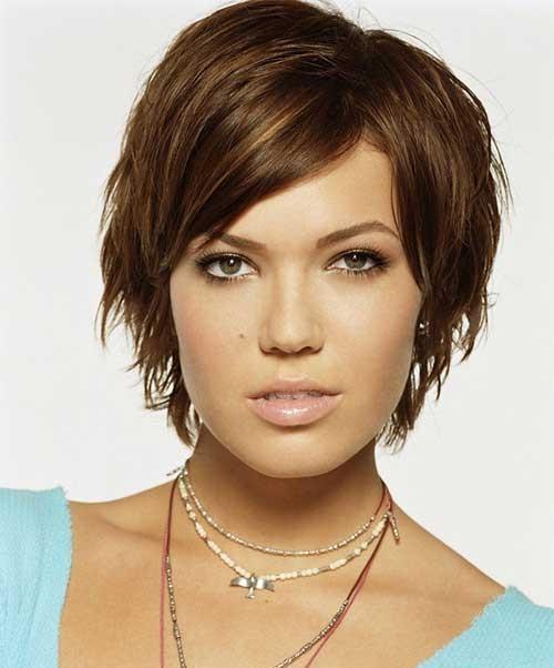 Short-Pixie-Brown-Hair-Over-40 Short Hair For Over 40