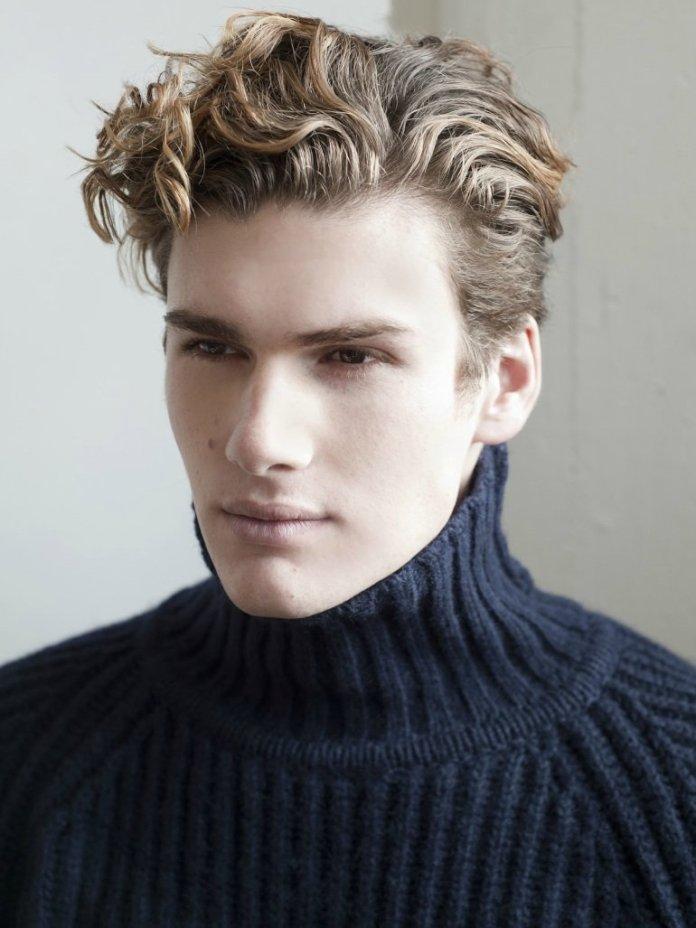 Wavy-Blonde-Hairstyle Ultra Dashing Medium Hairstyles for Boys