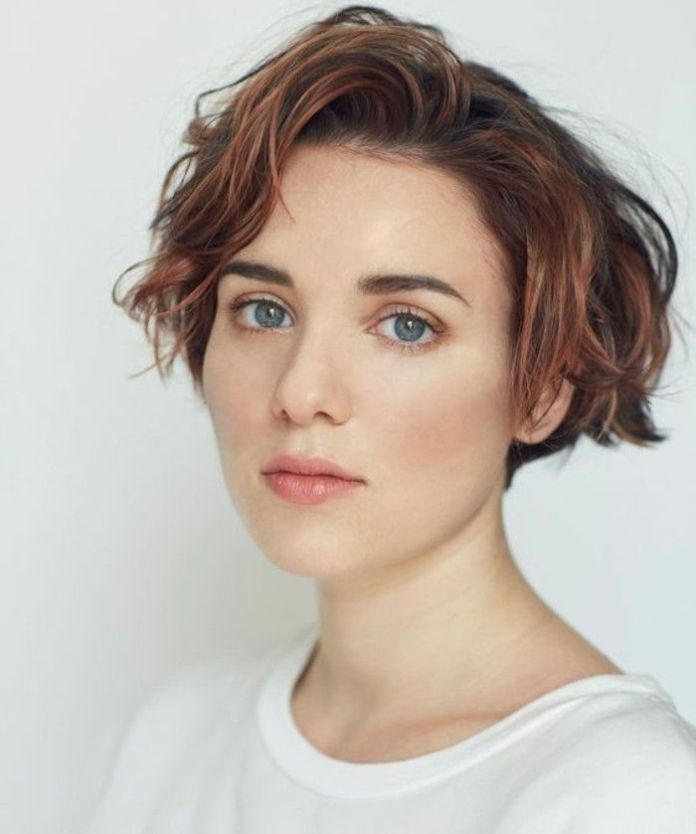 Wavy-Short-Hairstyle-with-Coffee-Color Style Personified Short Hairstyles for Young Women