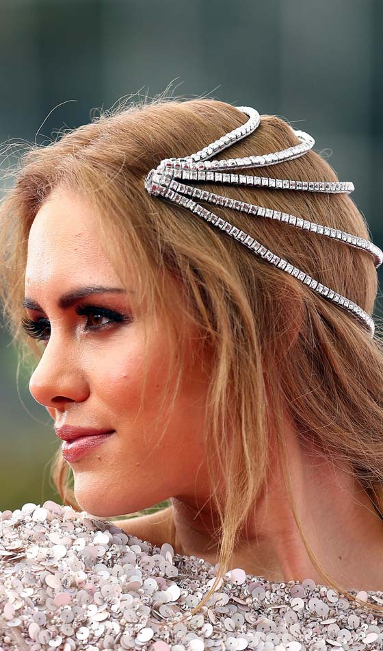 An-Embellished-'Do Bridal Hairstyle Ideas For Your Reception