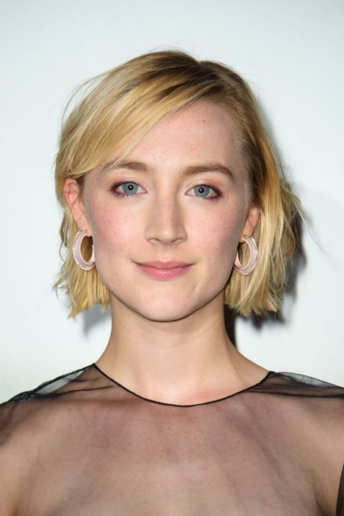 Blunt-Bob-with-Side-Bangs Everyday Short Hairstyles for Fabulous Look