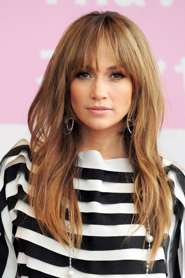 Cozy-medium-sized-hair-with-bangs Most Attractive Fall Hairstyles to Try This Year