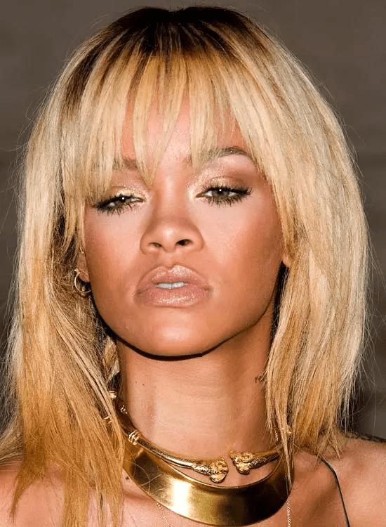 Fringed-Blonde-Bob Best Rihanna Hairstyles