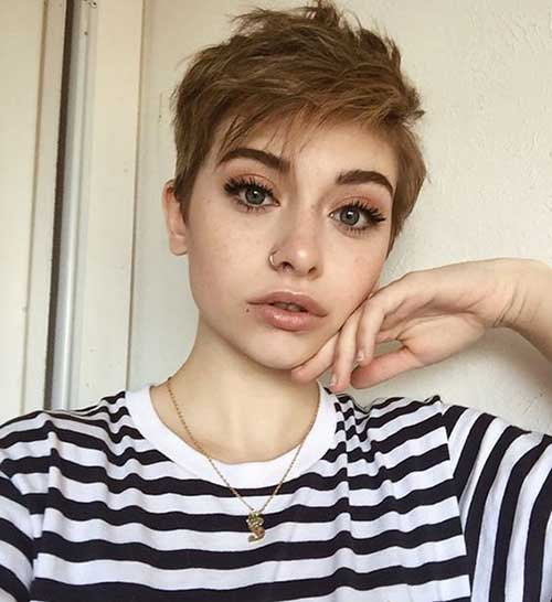 Haircut-for-Girls Best Layered Pixie Hairstyles