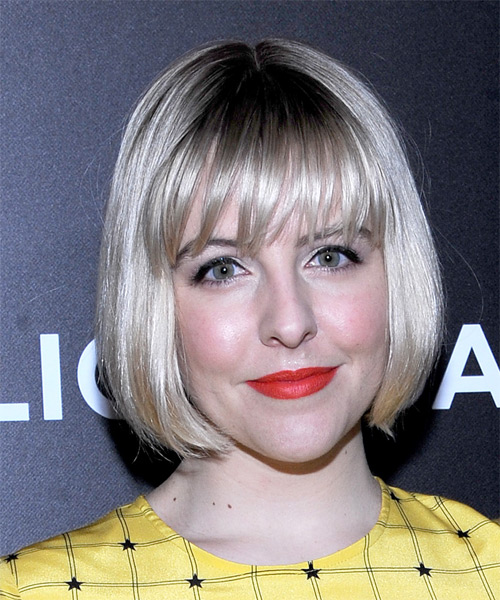 Helene-Yorke-Short-Straight-Bob-Hairstyle Hottest And Trendy Bob Haircuts For Stylish Look