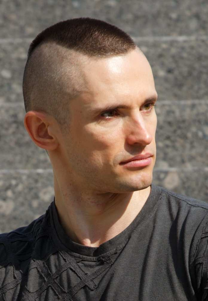 Highlighted-Top-Crew-Cut Most Dynamic and Dashing Crew Cut for Men