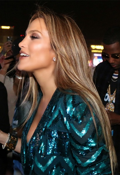 Jennifer-Lopez-Long-Straight-Hairstyle Most Beautiful Celebrity Long Haircuts To Adore