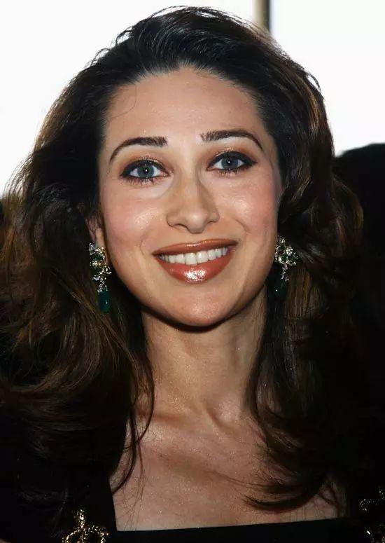 Karishma-Kapoor Top Indian Actresses With Stunning Long Hair