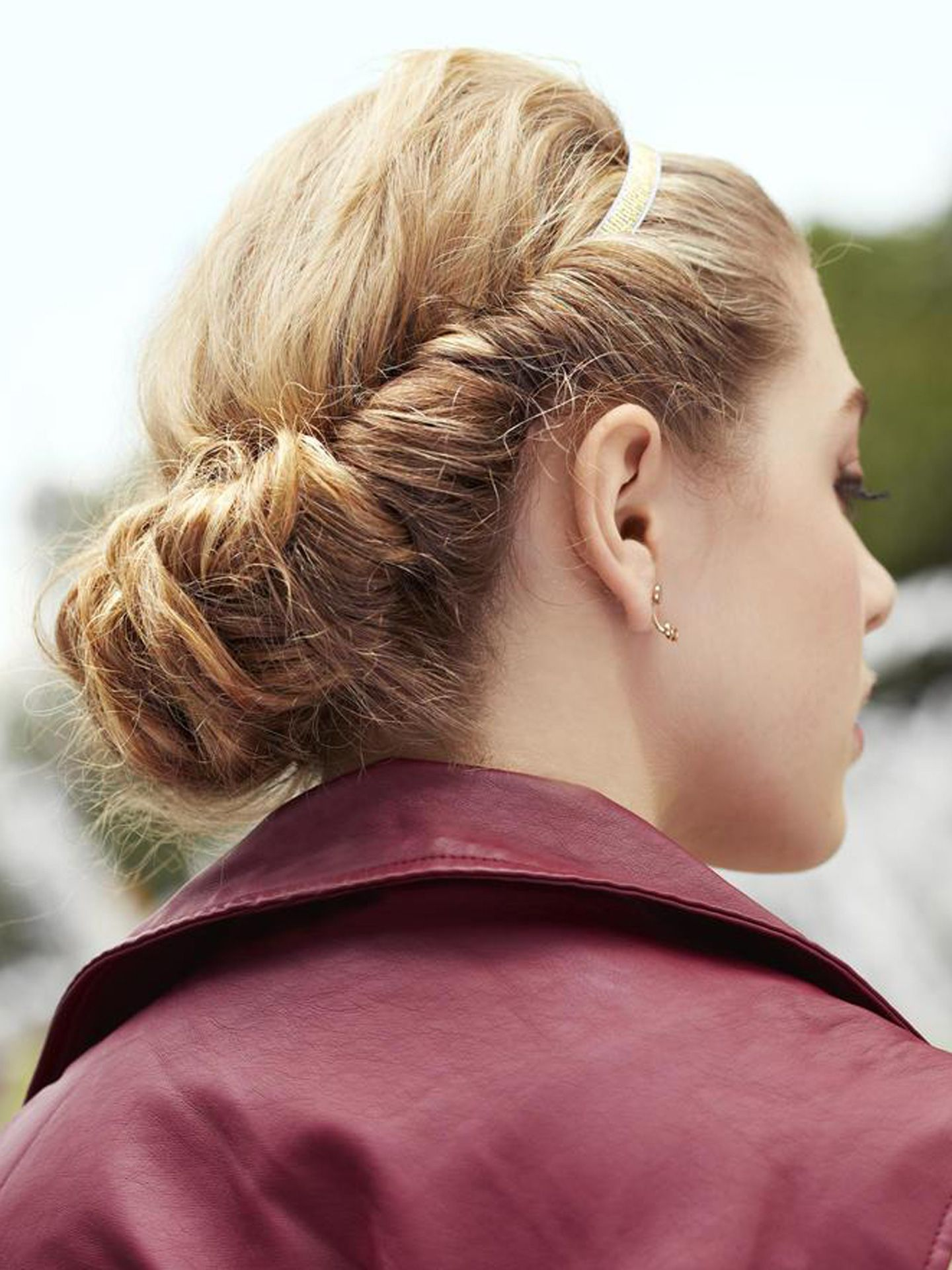 Rolled-Chignon-Hairstyle Most Gorgeous Looking Chignon Hairstyles