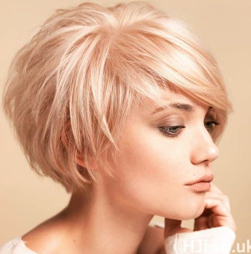 Short-Tousled-Blonde-Bob Stylish and Perfect Layered Bob Hairstyles for Women