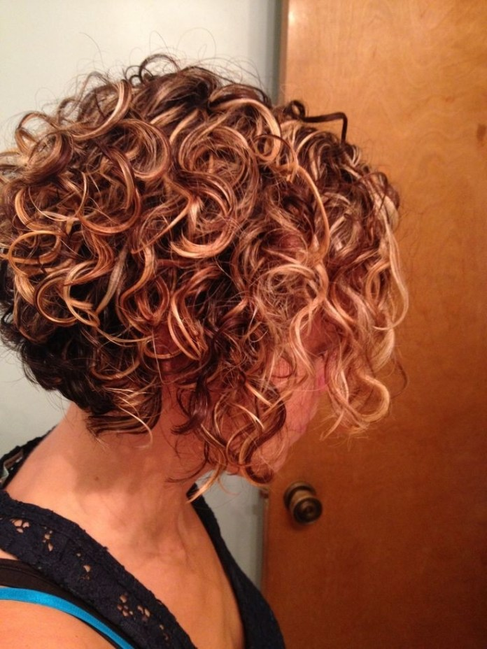 The-Ring-Curls Everyday Short Hairstyles for Fabulous Look