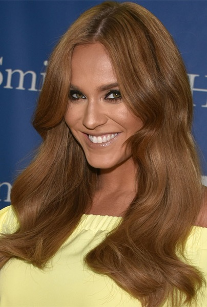 Vicky-Pattison-Long-Wavy-Hairstyle Most Beautiful Celebrity Long Haircuts To Adore