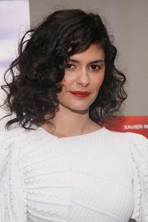 Audrey-Tautou's-Bob-Cut-for-Curly-Hairstyle Best Bob Cuts for Curly Hair
