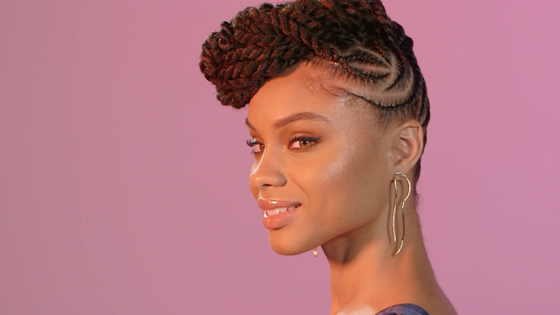 Braiding-up-to-the-Top Most Coolest Twist Hairstyles for Amazing Look