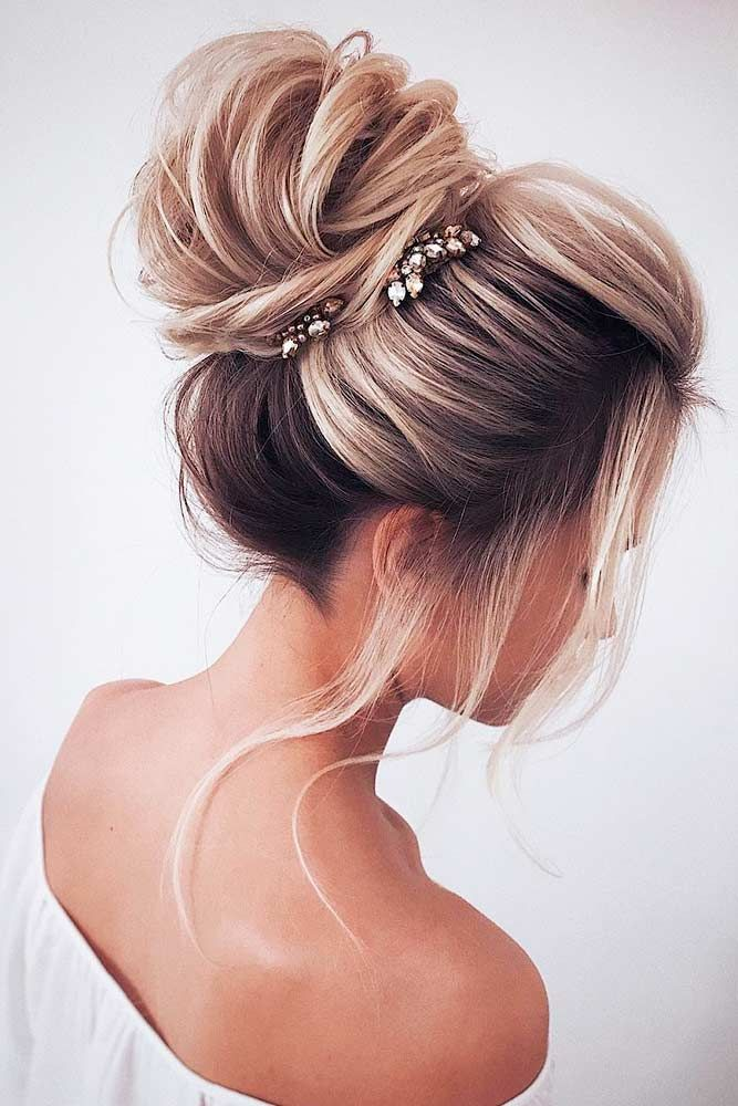 Loosely-Tied-Up-Hair Cute Homecoming Hairstyles for Astonishing Look