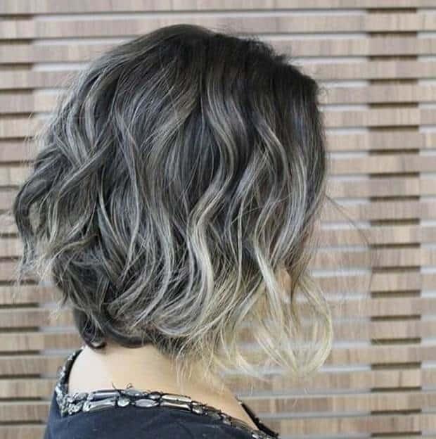 Messy-Wavy-Lob Exotic Messy Bob Hairstyles That Women Love