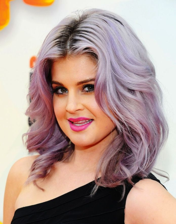 Middle-Parted-Short-Curly-Hair Most Ravishing Hairstyles for Double Chin