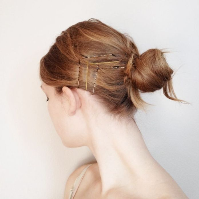 V-Shaped-Bobby-Pins-on-a-Short-Bun Most Attractive Hairstyles with Hair Pins
