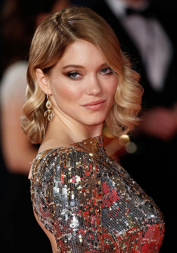 Windy-and-Wavy Hot and Happening Girls Hairstyles for Party