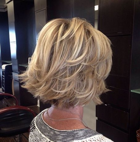 Blonde-Bob-with-Flared-Layered-Ends Short hair – Perfect choice for women over 40