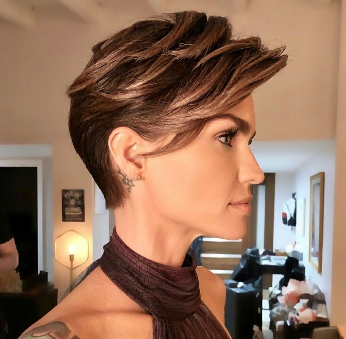 Chopped-Pixie Edgy Haircuts for Women to Look Super Model