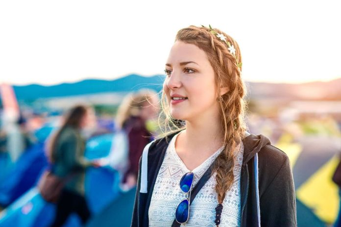 Crowned-French-Tail Hippie Hairstyles for a Stylish and Reviving Look