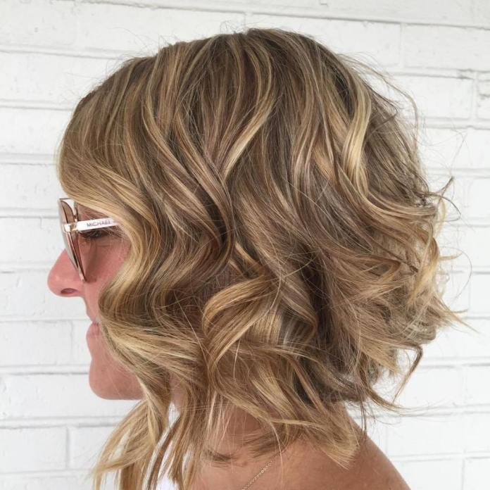 Curly-Sue Gorgeous Hairstyles and Haircuts for Women Over 40