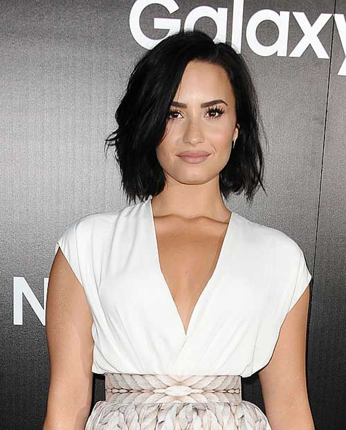 Dark-Colored-Thick-Style-for-Short-Hair-Women Best Short Hair Cuts For Women