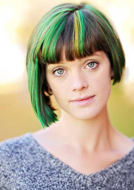 Dark-and-Green-Yellow-Highlights-Hair Short hair color ideas