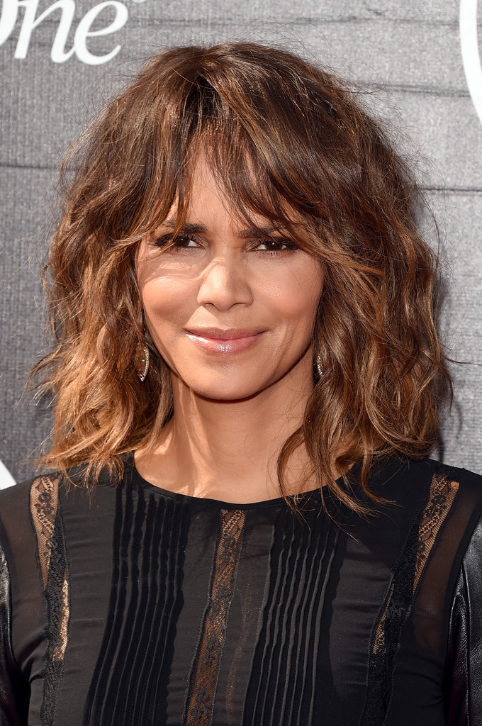 Fine-Hair-with-Chunky-Waves Best Hairstyles For Women Over 50 With Fine Hair