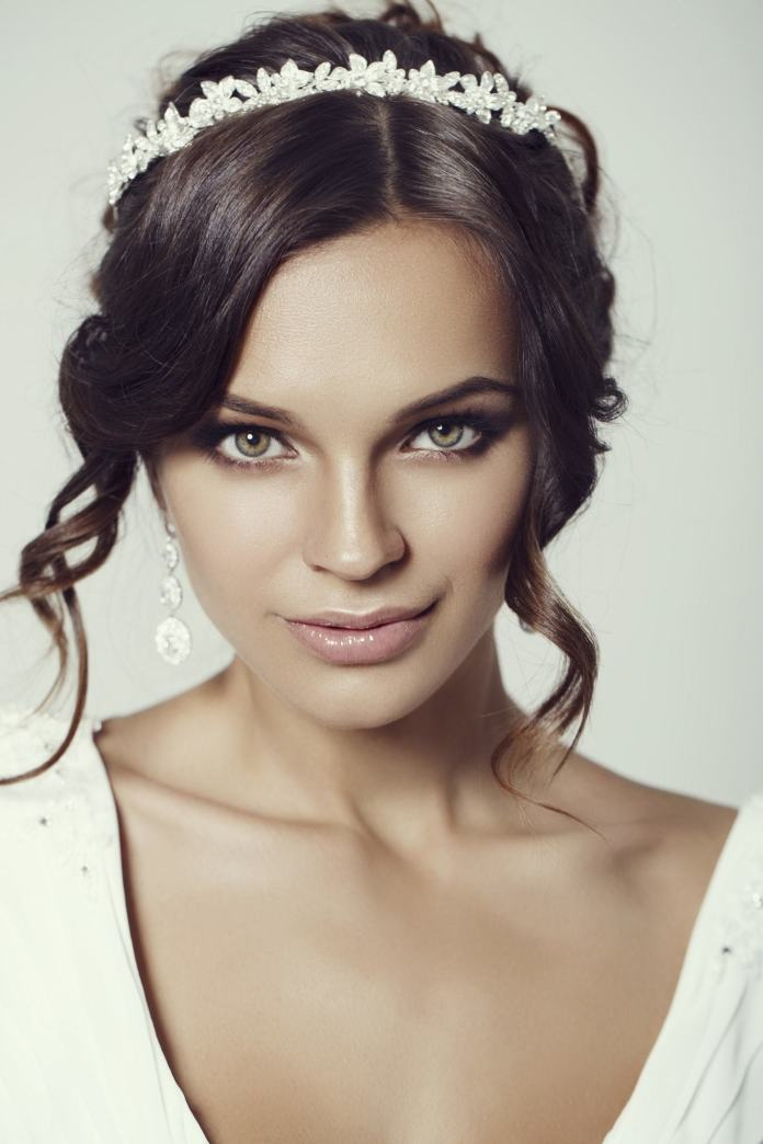 Floral-Inspired-Style Hairstyles with Tiara for Glam and Fab Look
