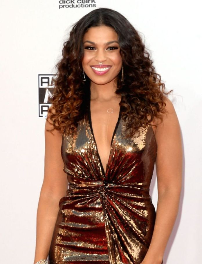 Jordin-Sparks-Two-Tone-Look Stunning Curly Hairstyles That Are All About That Texture