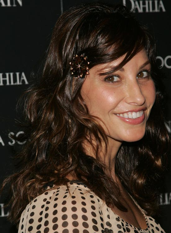 Medium-Wavy-Hairstyle-with-Layers Medium Hairstyles for Women Over 50