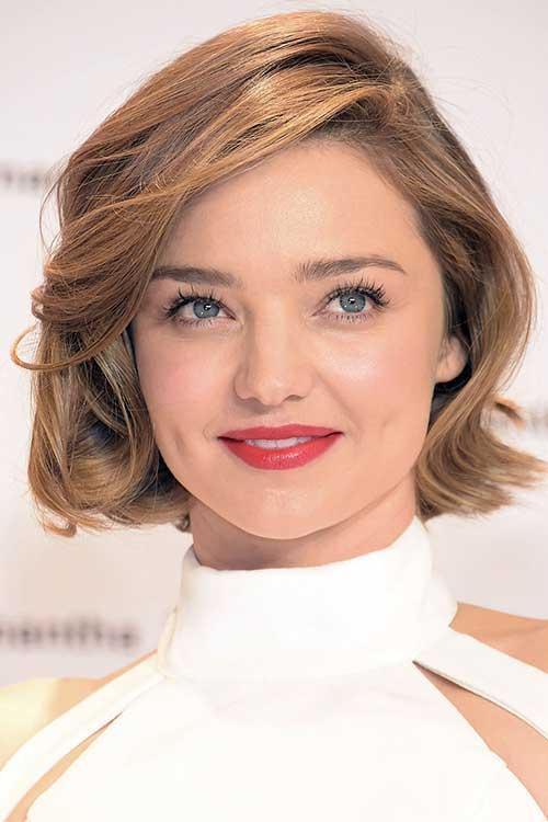 Miranda-Kerr's-short-bob-hairstyle-with-waves Best Celebrity Bob Hairstyles