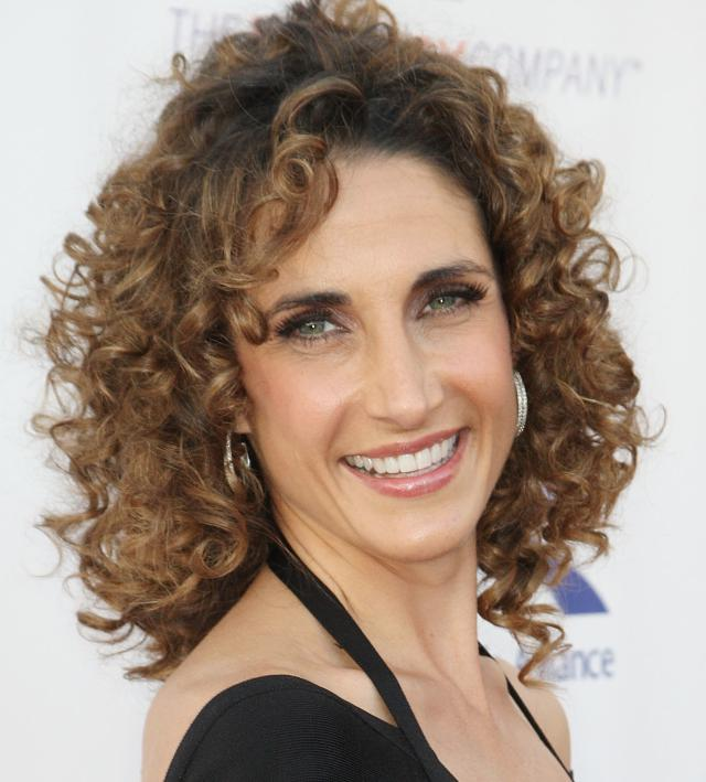 Naturally-Wavy-Curly-Hairstyle Wavy Hairstyles for Women Over 50 – Look Young And Beautiful