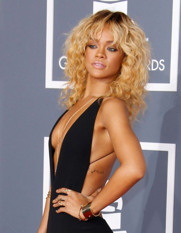 Rihannas-Blonde-Bangs Stunning Curly Hairstyles That Are All About That Texture