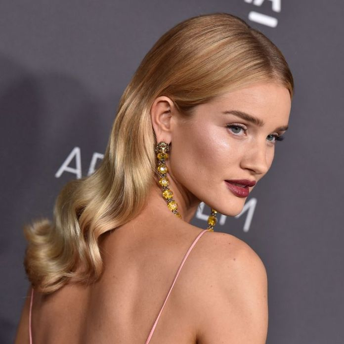Rosie-Huntington-Whiteleys-Soft-Spirals Stunning Curly Hairstyles That Are All About That Texture
