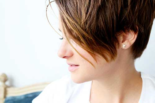 Shailene-Woodley's-Elegant-Short-Hair Short Trendy Hairstyles 2020
