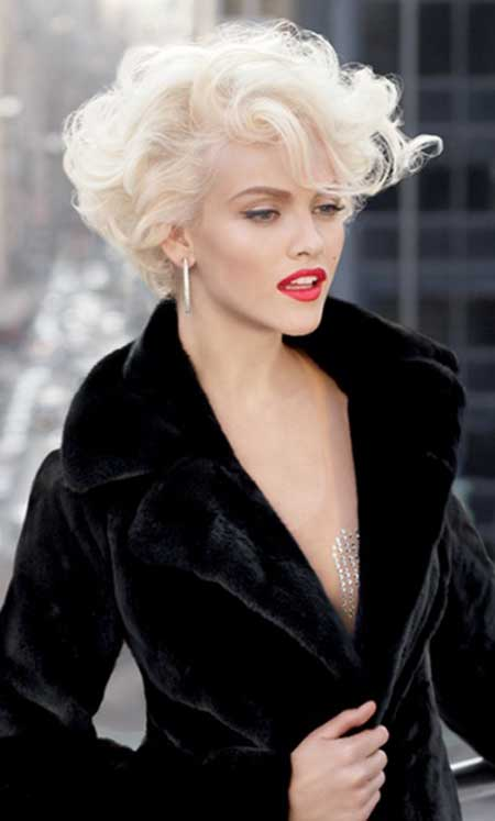 Short-Curly-Bob Short Curly Women's Hairstyles