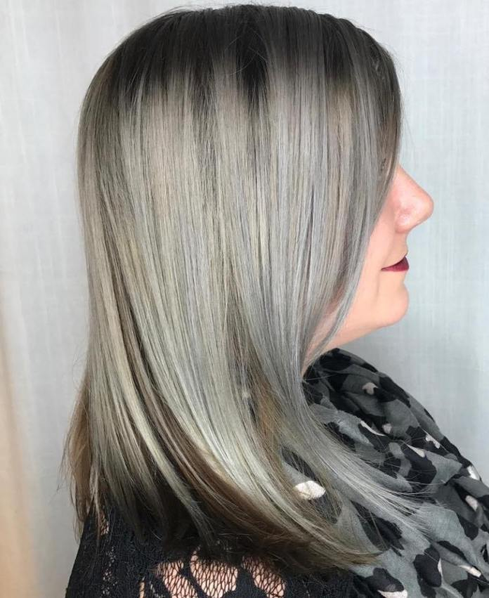 Shoulder-Length-Straight-Cut Gorgeous Hairstyles and Haircuts for Women Over 40